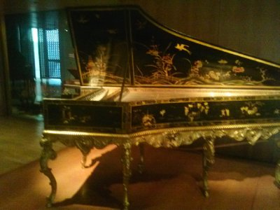Highlights from Cite de Musique museum - harpsicord