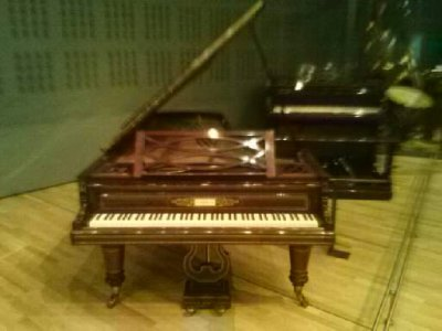 Highlights from Cite de Musique museum - piano