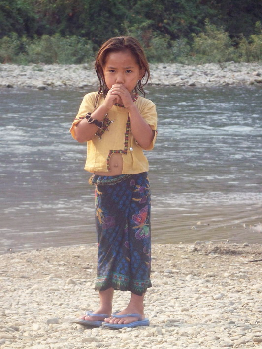 Little Girl Playing by the River Viang Vien