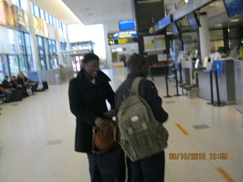 Sipho saying bye to her friend