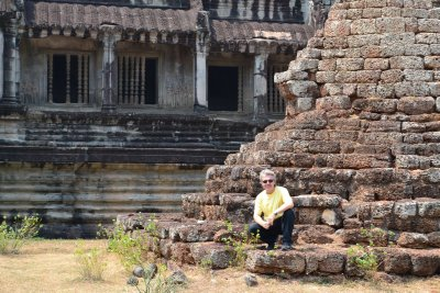 Another old ruin in Angkor Wat!