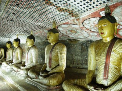 A row of sitting Buddhas in the Cave Temples, Dambulla