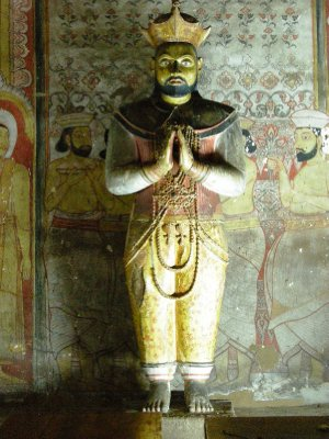 The King had to get in on the act!! Cave Temple, Dambulla
