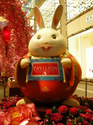 A Chinese Rabbit welcomes us to the Pavilion Mall