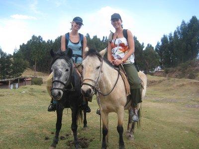 på ridetur i fjellene rundt Cusco