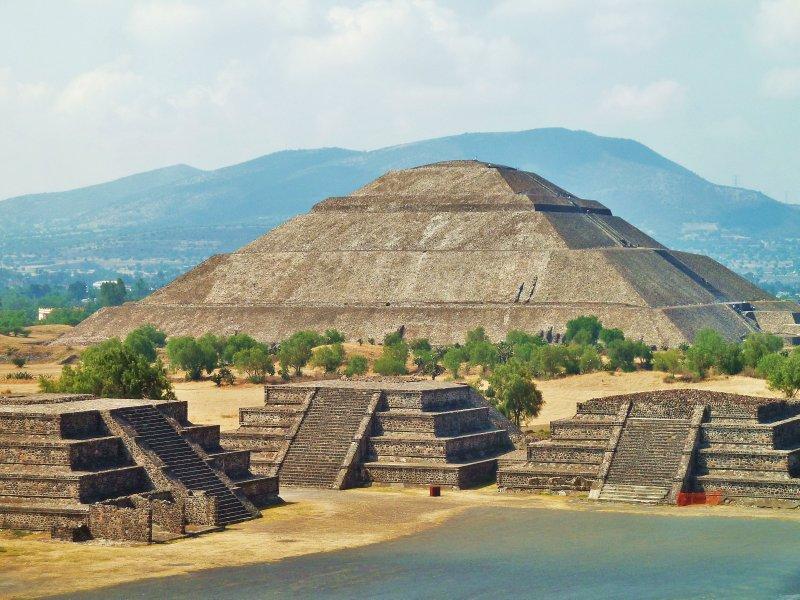 large_11__Teotihuacan_032.jpg