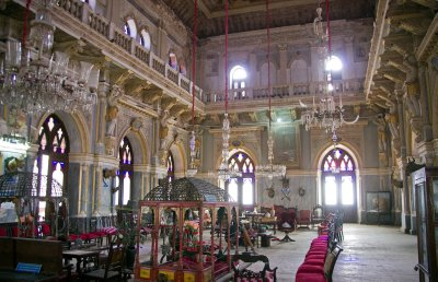 Dining room in the Prag Mahal Palace