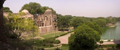 Haus Khas Sufi ruins