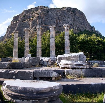 Mount Mykale behind the Temple of Athena&#39;s columns