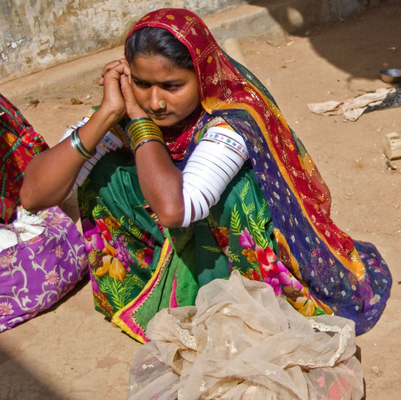 Beautiful colours and bangles in the Kutch