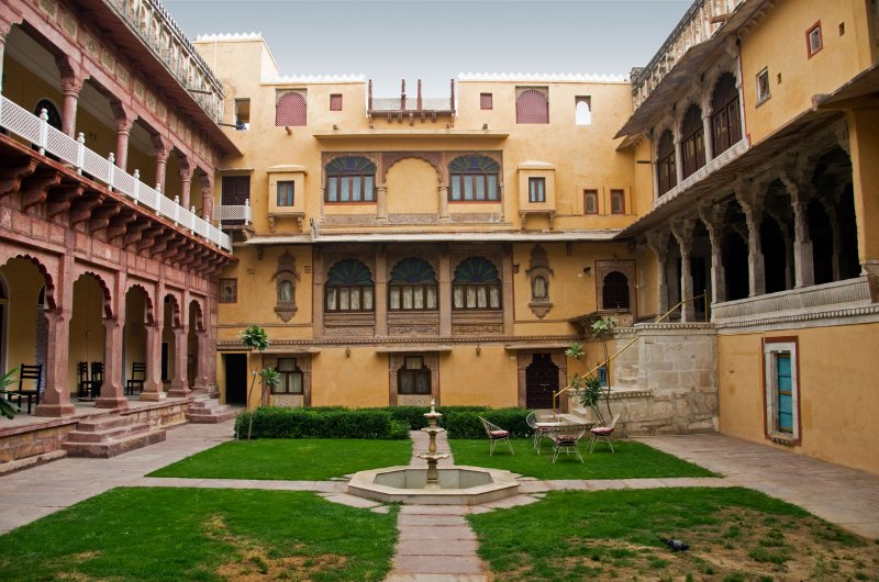 Hotel Chanoudgarh central courtyard