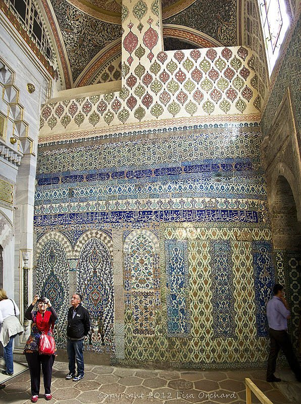 Tile work abounds in Turkey, and this room in Topkapi was a perfect example!