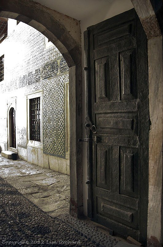 Tiles and Doors in the Harem