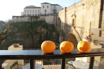 Three oranges walk onto a bar...