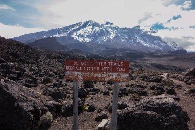2013-03-07 - Tanzania - Kilimanjaro Day 4 - (11)