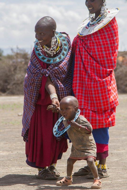 2013-03-17 - Tanzania - 2 - Ngorongoro Park - (41) - Maasai Village