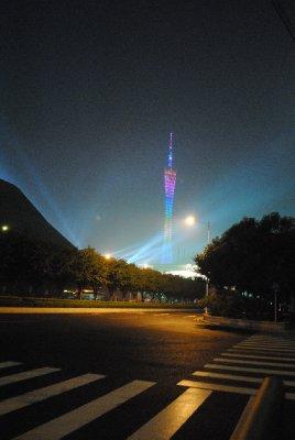 Guangzhou_at_night.jpg