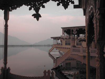 nageen lake at dawn