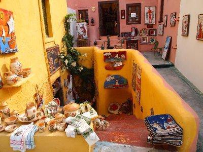 Shopping in Oia - Santorini.