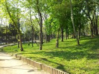 One of many beautifull tended parks in Istanbul.