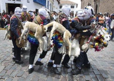 llama dancers