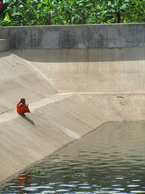 Monk, Cement