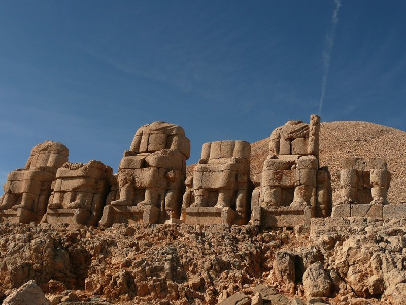 Chopped statues at Mount Nemrut