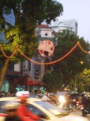 0A_quiet_ev..Hanoi_2.jpg
