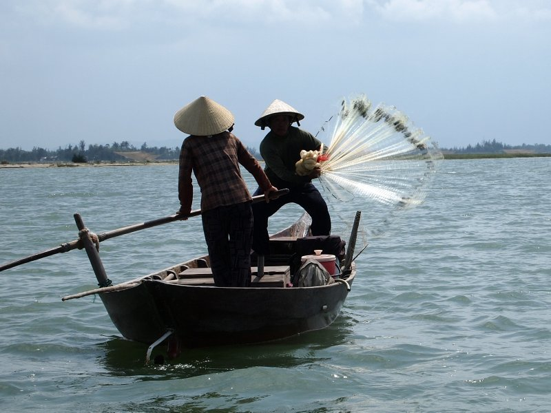 Fishing in Hoi An 2