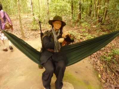 cu_chi_lady_hammok.jpg