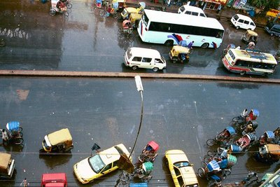 Dhaka cars from above, monsoon