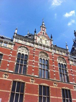 Amsterdam_..ral_Station.jpg