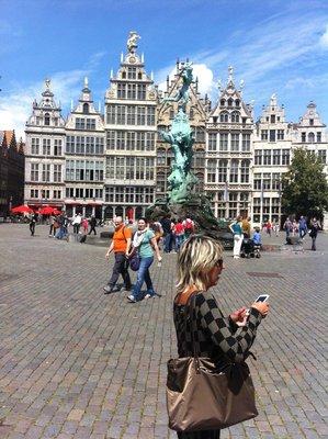 Antwerp_-_Grote_Markt.jpg