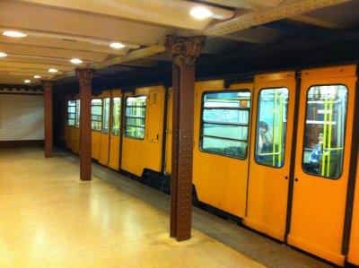 Budapest_-.._Line_1.jpg