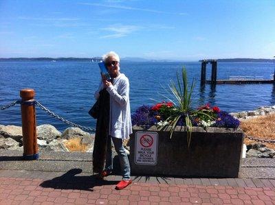 Canada_-_Jeni_in_Sidney.jpg