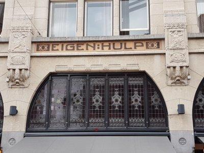 Haarlem - a nice bit of Art Nouveau
