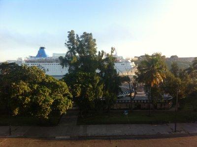 Havana_-_v..ent_balcony.jpg