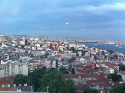 Istanbul_-..Ponte_Hotel.jpg