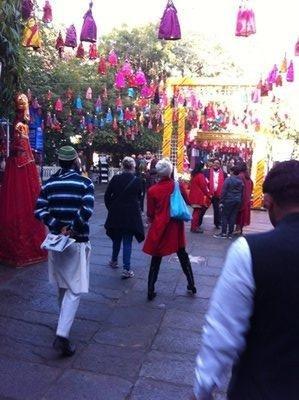 Jaipur_-_F..at_entrance.jpg