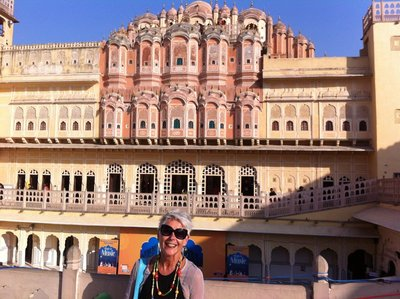 Jaipur_-_J.._Hawa_Mahal.jpg