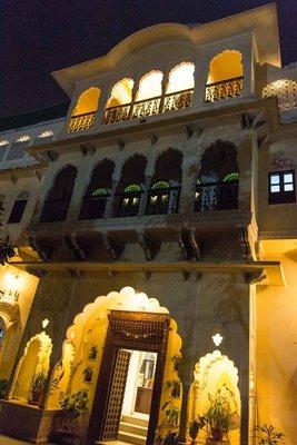 Jaipur_-_Khandela_Haveli.jpg