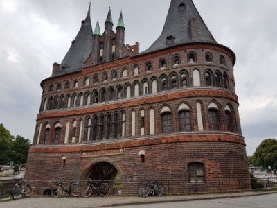 Lubeck - Holstentor 1464-78