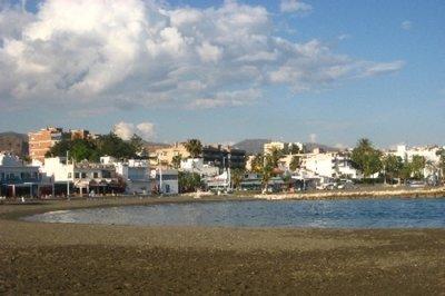 Malaga_-_P..alejo_Beach.jpg