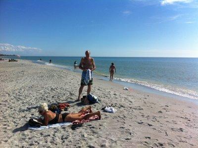 Sanibel_Is..man_s_Beach.jpg