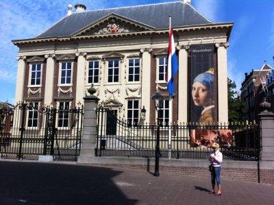 The_Hague_.._museum.jpg