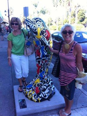 Venice - Jeni and Carole on main street