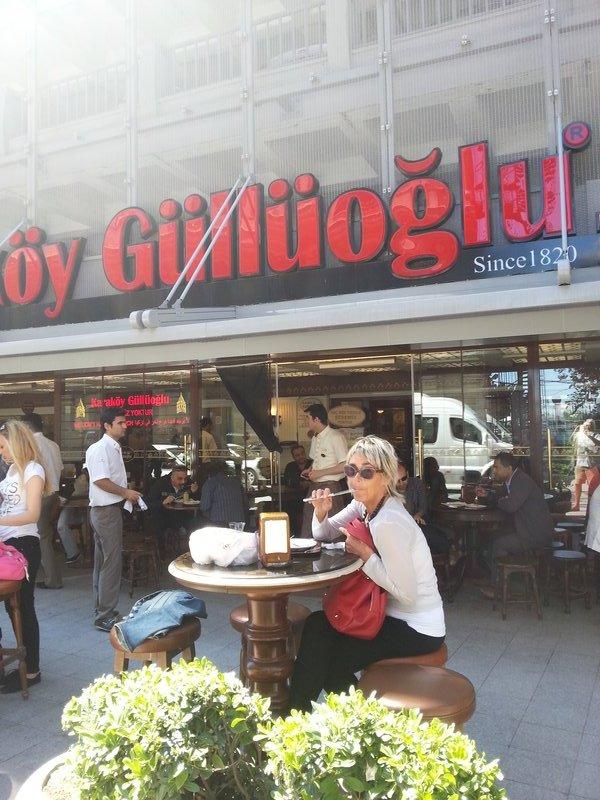 large_90_Istanbul_-..ing_Baklava.jpg