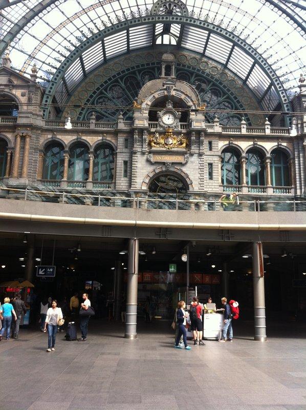 large_Antwerp_-_..way_Station.jpg