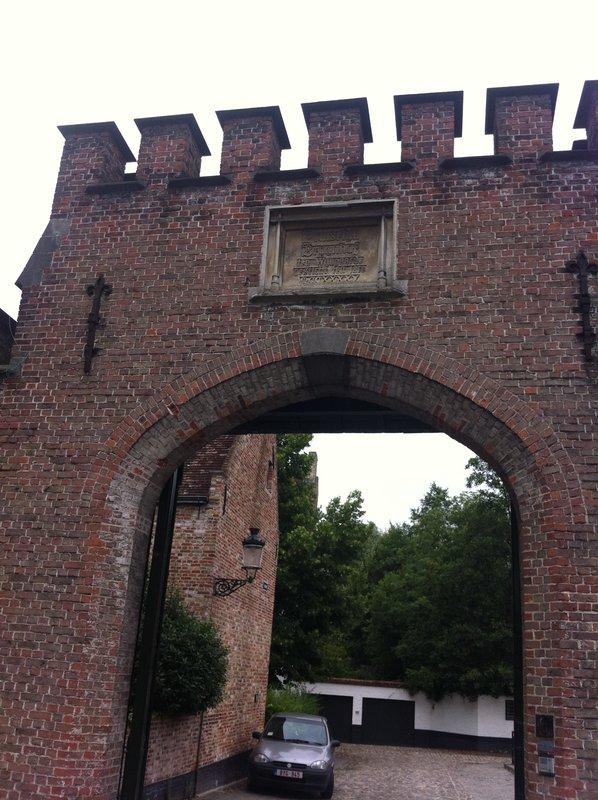 Bruges - Begijnhof gate 1245