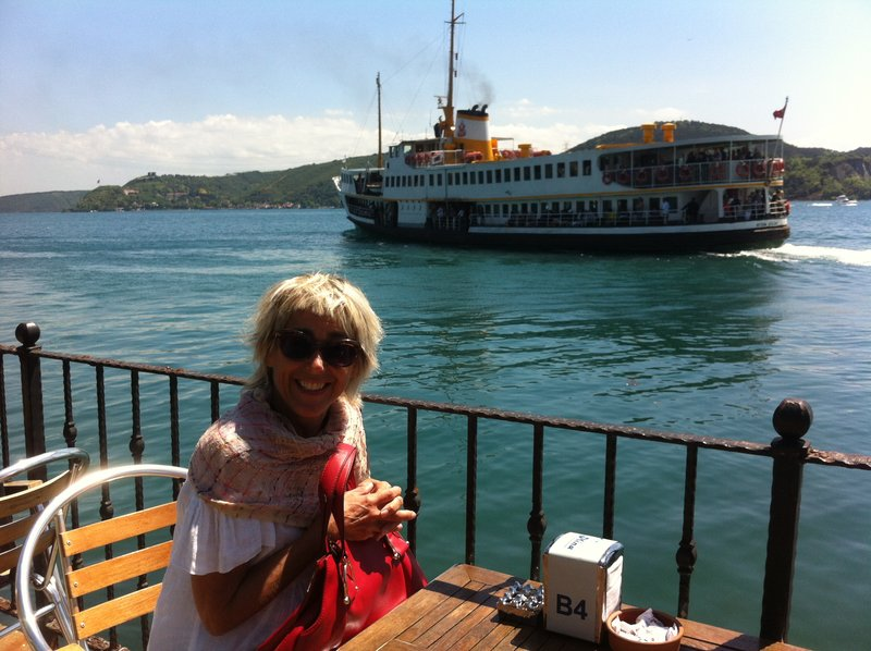 large_Istanbul_-.._ferry_cafe.jpg
